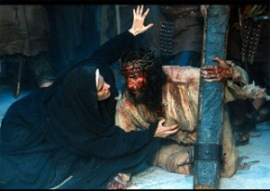 ThePassion.Jesus.Mary.at.Foot.of.the.Cross
