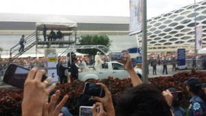 Pope Francis on his way to the venue of the Meeting with Families on January 16, 2015 in Manila, Philippines. Photo credit: Isabel Montes.